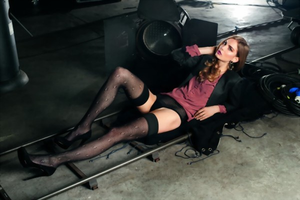 Trasparenze - Stylish hole pattern hold ups with cotton Frame